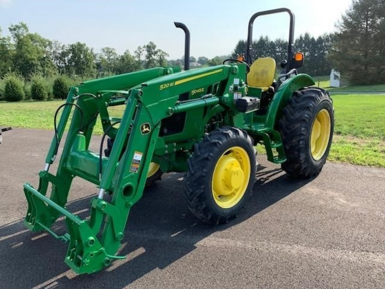 John Deere 5045e with loader for sale in VICTORIA Texas 4