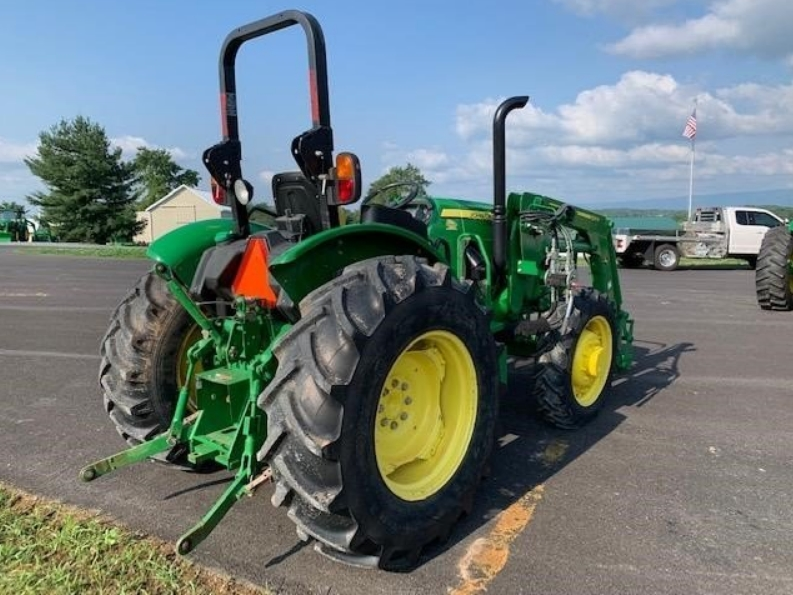 John Deere 5045e with loader for sale in VICTORIA Texas 6